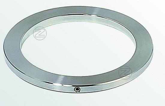 Pierścień ozdobny ze stali nierdzewnej