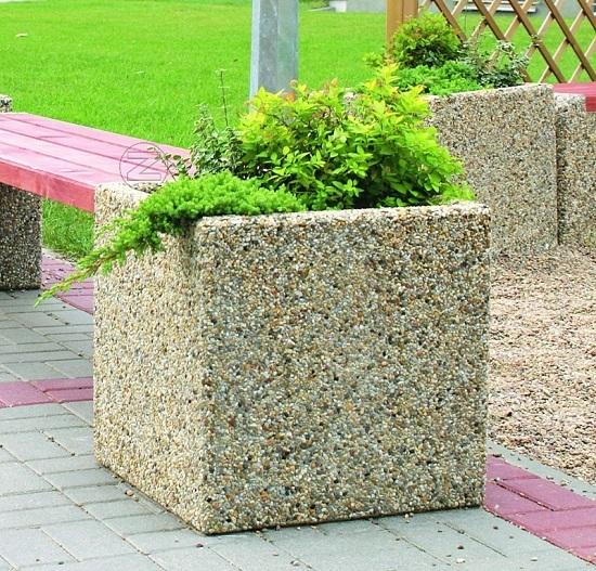 Kwietnik ROMI z betonu
